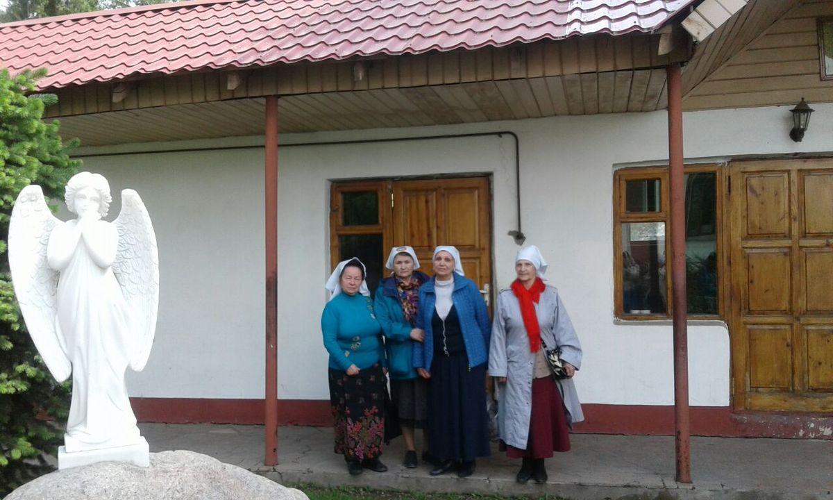 цвета одно поломничнство по святым местам казахстана при организации защиты